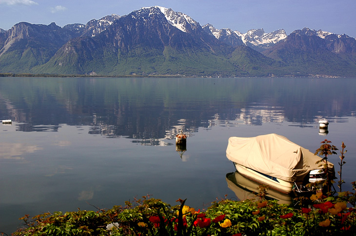 Lake-Geneva-largest-lake-in-western-europe