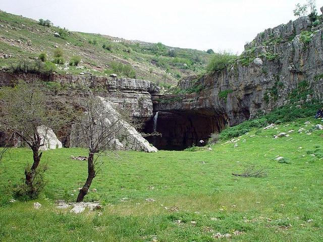 baatara-gorge-waterfall-in-lebanon