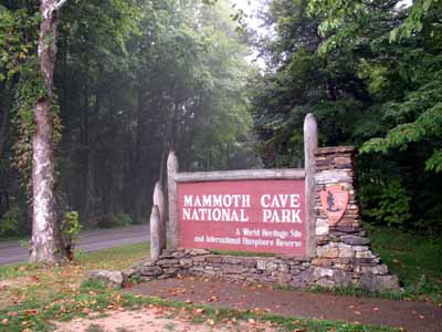 mammoth-cave-national-park-covers-area-52830-acres