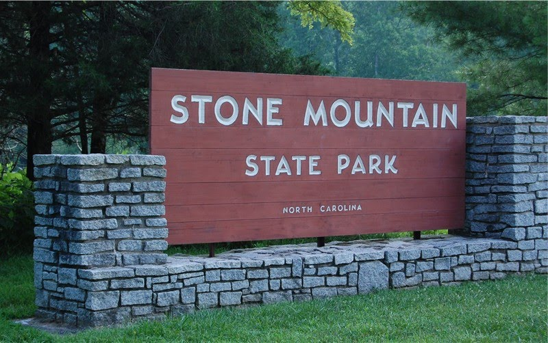 stone-mountain-entrance