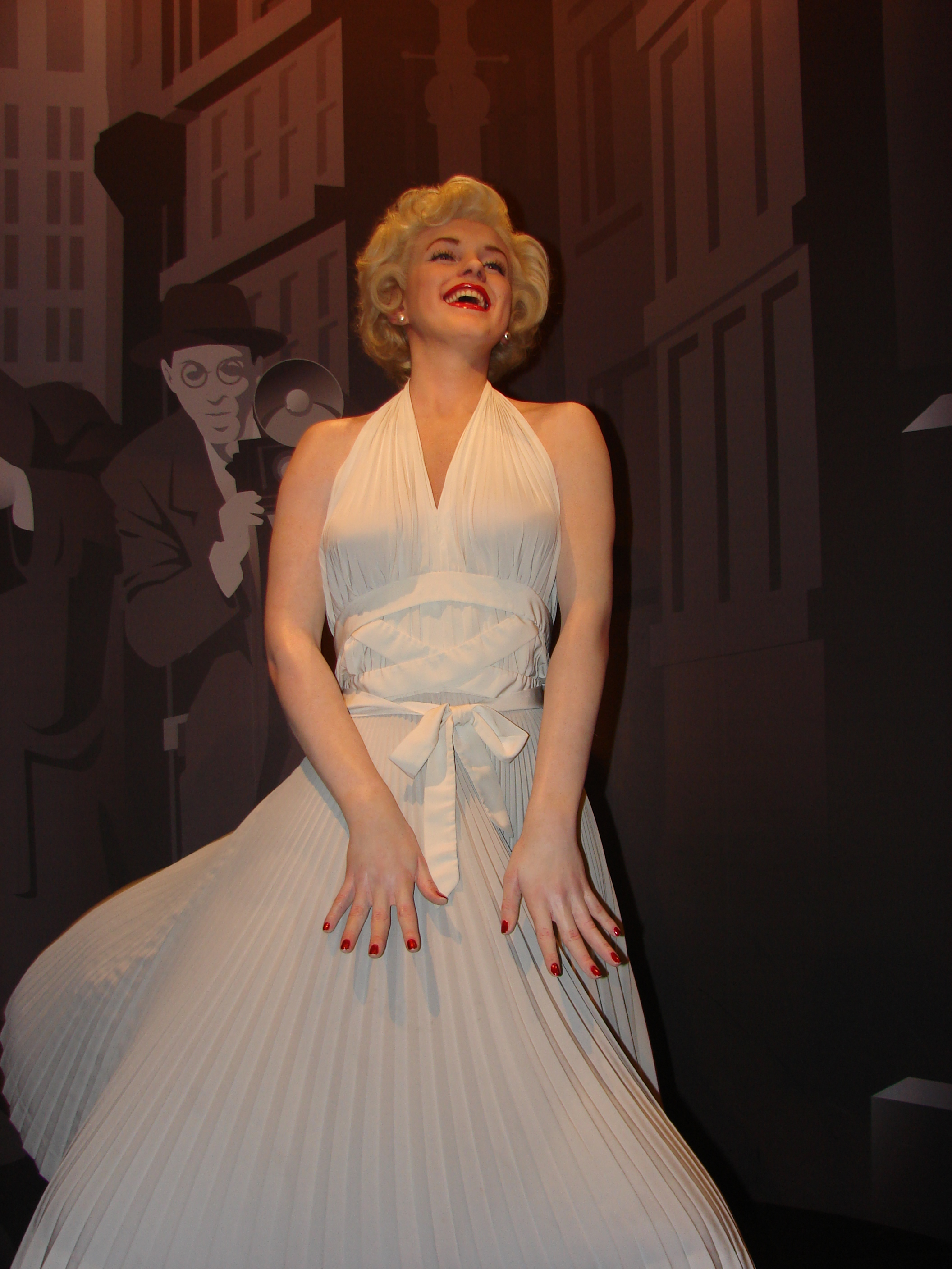 Marilyn-Monroe-Wax-Statue-in-Madame-Tussauds-London