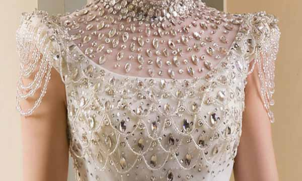 Most expensive costliest wedding dress gown the for Most expensive wedding dress in india