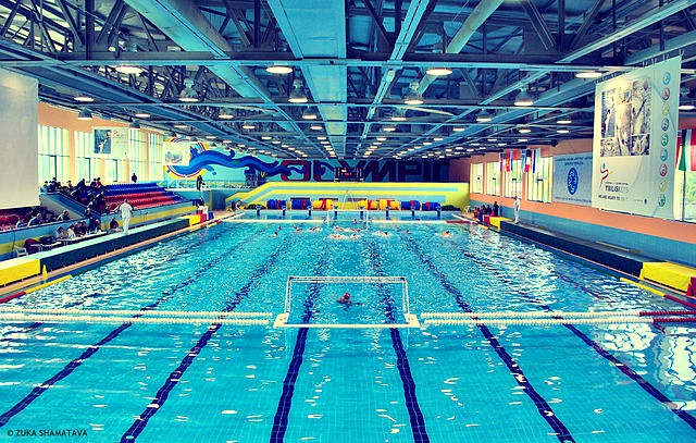 Olympic_swimming_pool_Tbilisi