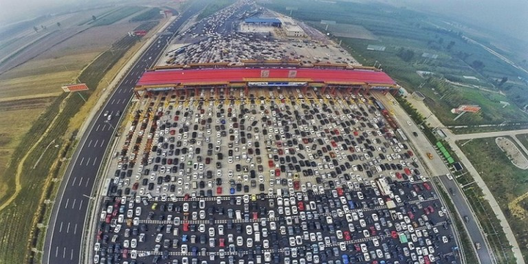 RT_beijing_traffic_1_jt_151008_4x3_992-1-768x384