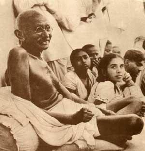 mahatma-gandhi-old-age-1