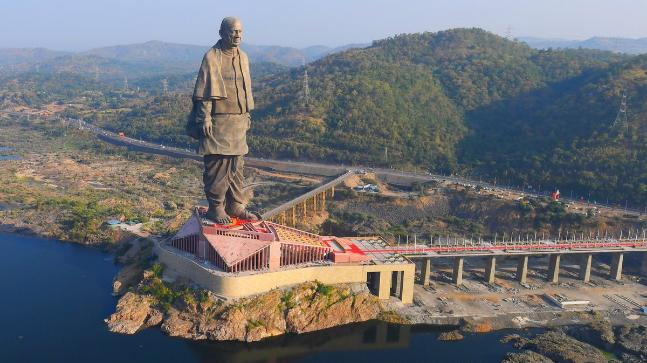 The world's tallest statue is situated on the banks of Narmada river